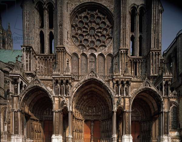 View of the northern portal of the Cathedral, 1194-1220 (photography)