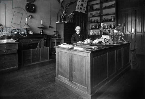 Alphonse Milne-Edwards (b/w photo)