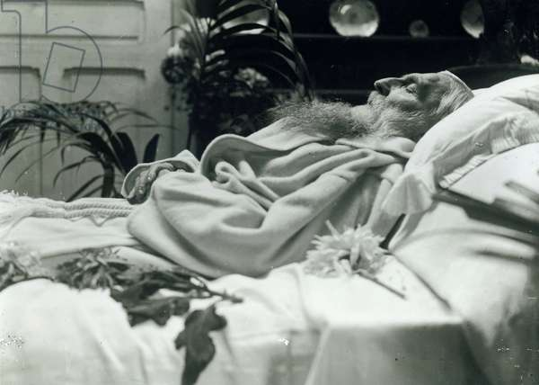 Auguste Rodin on his deathbed, 1917 (b/w photo)