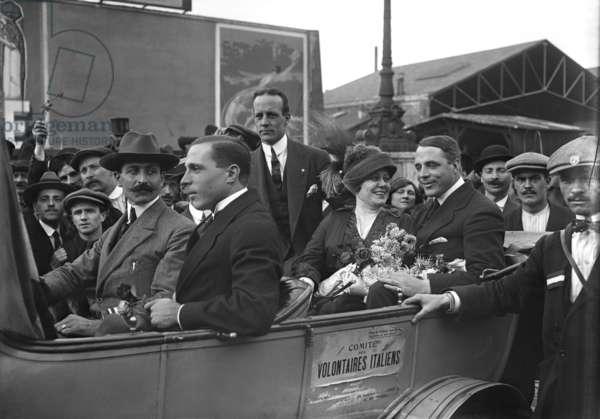 Garibaldi Brothers arriving in Gare de Lyon, Paris, 1914 (b/w photo)