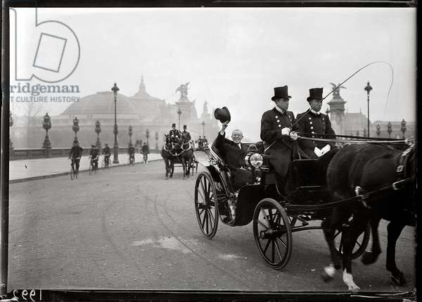 Woodrow Wilson (1856-1924) arriving in Paris, 14th December 1918 (b/w photo)