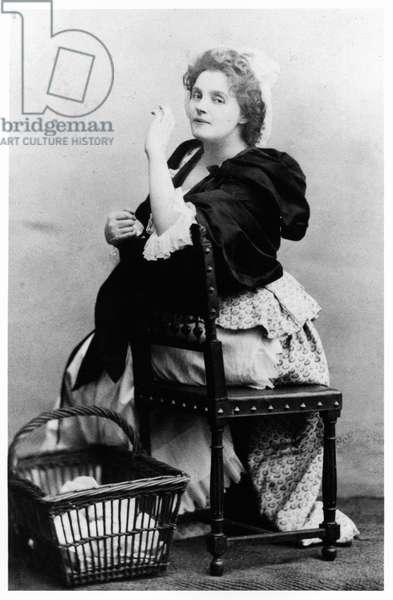 Rejane (1857-1920) as Catherine the Laundress in 'Madame Sans-Gene' by Victorien Sardou (1831-1908) at the Theatre du Vaudeville, Paris, 1893 (b/w photo)