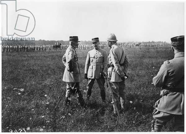 General de Bazelaire and General Petain (1856-1951) 1917 (b/w photo)