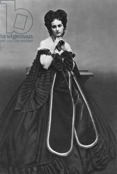 Portrait of Virginia Oldoini, Contessa Verasis di Castiglione, c.1865 (b/w photo)