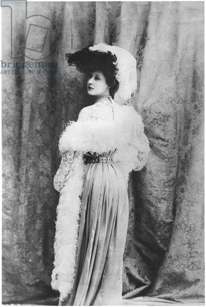 Liane de Pougy (1869-1950) 1903 (b/w photo)