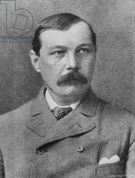 Arthur Conan Doyle, c.1920 (b/w photo)