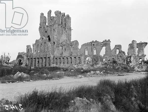 Ruins of the Cloth Hall, Ypres, Belgium, 1917 (b/w photo)
