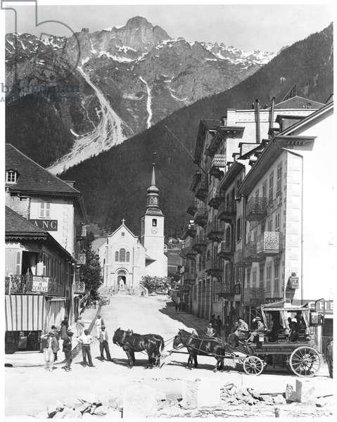 Church and Square at Chamonix, c.1900 (b/w photo)