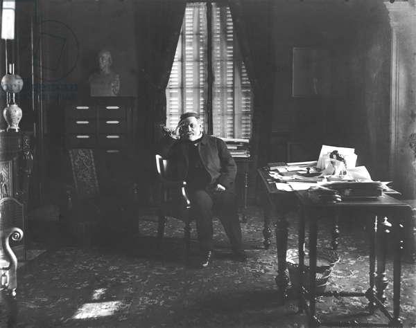Portrait of Louis Pasteur (1822-95) in his study (b/w photo)