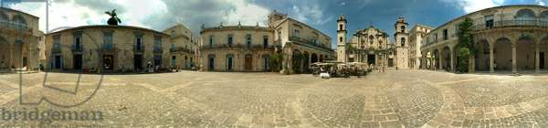 The square of the cathedrale, Havana. 360-degree panoramic from Leonard de Selva, Cuba, 2001.