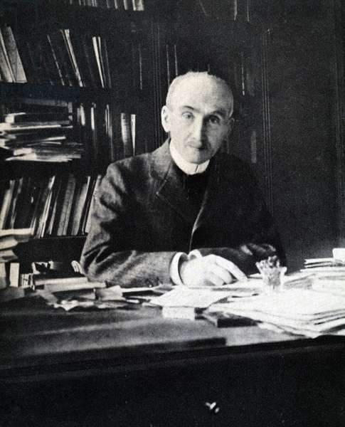 "Portrait of Bergson by Jean Roubier - in """" Nouveaux destins de l'intelligence francaise"""", special ed of """" La France de l'esprit"""" with extracts from speeches by Pétain, 1942.Attention: DR."