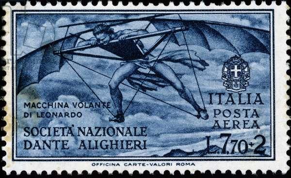 Italian stamp on the flying machine of Leonardo da Vinci (1452 - 1519) (Leonardo da Vinci)