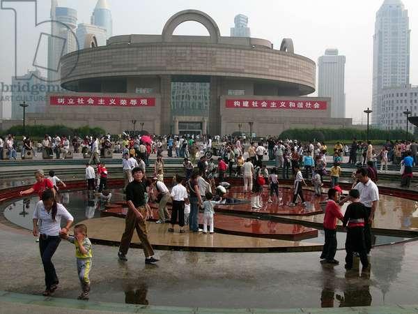 Shanghai, National Museum on People's Square. Photography, Leonard de Selva, China, 2006.