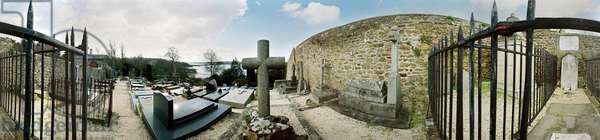 Cemetery on the Rance, the tomb of Chateaubriand, Cimet du Rosais. Panoramic 360 degrees by Leonard de Selva, France, 2004.