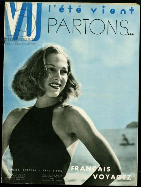 Smiling young woman in swimsuit, back to the sea, to illustrate the return of summer and encourage the French to travel. Photograph Joffe, for the cover of the weekly VU, director Lucien Vogel, number 374, date 15/5/1935. Selva Collection.