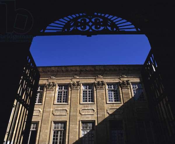 Baroque architecture: Hotel Boyer d'Eguilles (1672). Aix en Provence (Aix-en-Provence), Bouches du Rhone (Bouches-du-Rhone) (13).