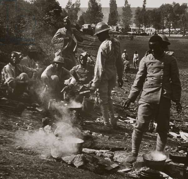 First World War: daily life of a troop of Senegalese riders in the French Army, 1914-18 (b/w photo)