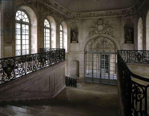 Baroque architecture: Gabriel staircase. Town Hall. Internal view. Dijon, Cote d'Or (21).