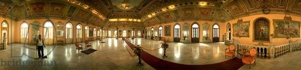 Prado number 302, wedding hall, Havana. Panoramic 360 degrees by Leonard de Selva, Cuba, 2001.