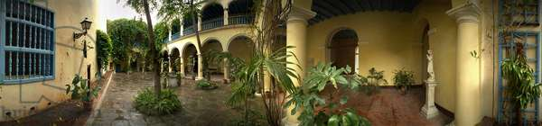 The museum Calle Obra Pia, Havana. 360-degree panoramic by Leonard de Selva, Cuba, 2001.
