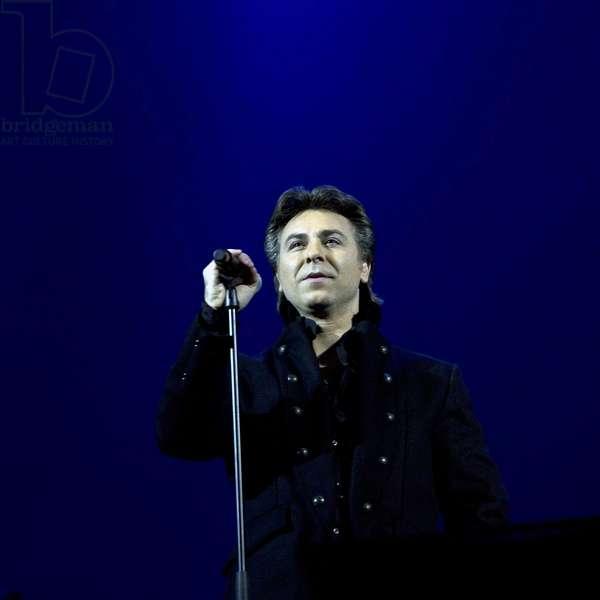 Music: Portrait of Roberto Alagna, born in 1963 French tenor singer.
