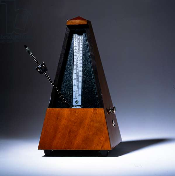 Pyramid metronome in motion