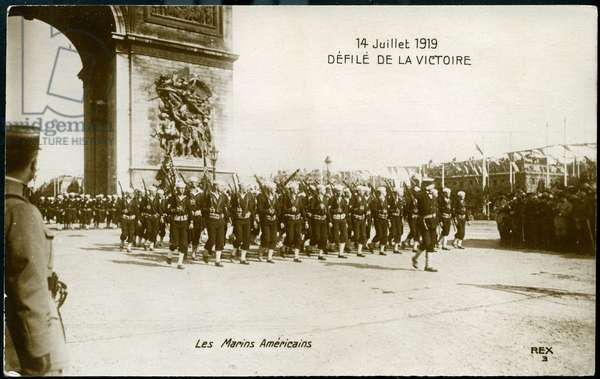 First World War - War 14-18 (1914-1918) - World War I (WWI or WW1): France, Postcard showing the dequeue of victory on July 14, 1919