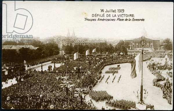 First World War - War 14-18 (1914-1918) - World War I (WWI or WW1): France, Postcard du defile du 14 juillet, Les troupes americaines place de la Concorde, 1919