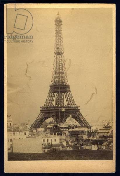 France, Ile-de-France, Paris (75): World exhibition, the Eiffel Tower seen from the Quai de Seine, 1889