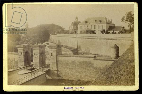 France, Champagne-Ardenne, Haute-Marne (52), Langres: Le cours Rivot, 1885
