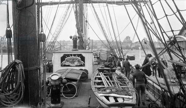 "France, Brittany, Ille-et-Vilaine (35), Saint Malo: The famous 3-mats sailboat """" Why pas"""" by Jean Baptiste Charcot (1867-1936), at the dock - Interior of the boat with visitors, 1907"