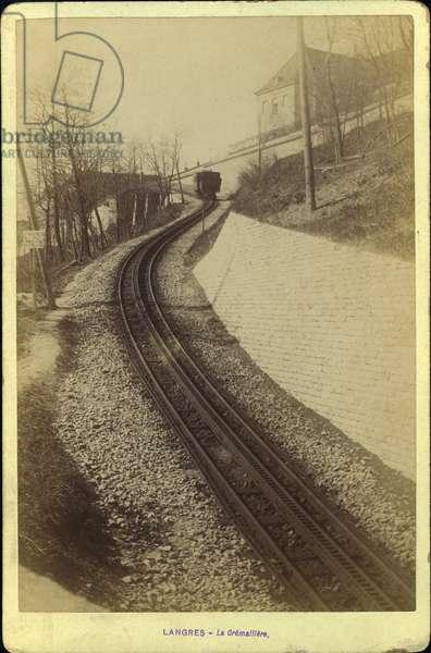 France, Champagne-Ardenne, Haute-Marne (52), Langres: La cremaillere, 1885