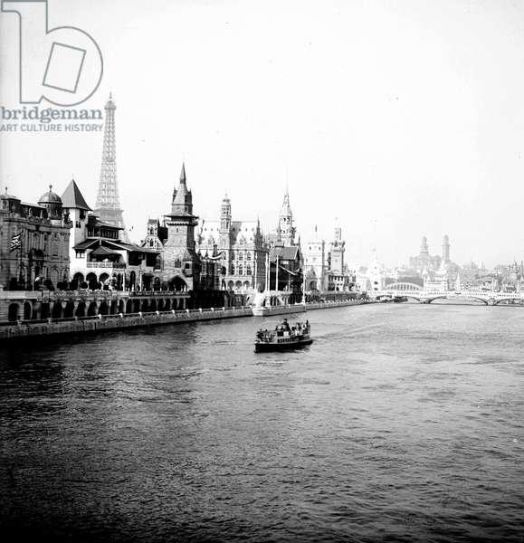 France, Ile-de-France, Paris (75): World Exhibition, Seine, Hungary Pavilion, Belgium Pavilion, Eiffel Tower, Fly boat No 54 A, 1900 - fly boat