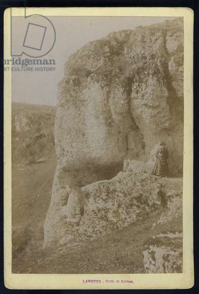 France, Champagne-Ardenne, Haute-Marne (52), Langres: The entrance to the cave of Sabinus, 1880