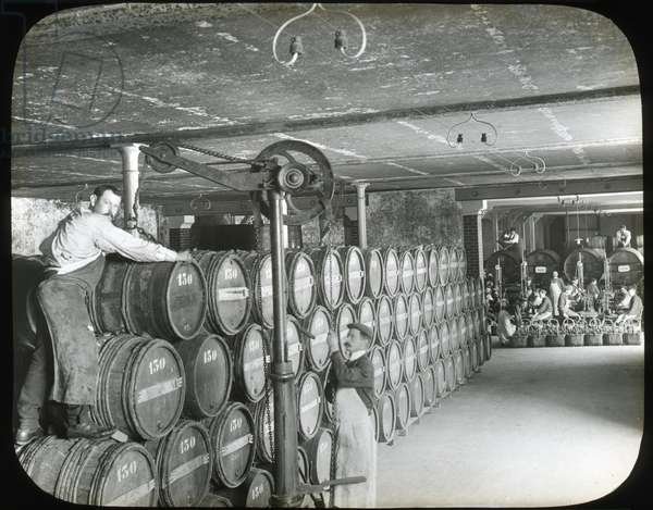 France, Champagne-Ardenne, Marne (51), Reims: Factory of manufacture of Champagne Saint Marceaux and company, wine cellar, 1890 - photo by Rothier