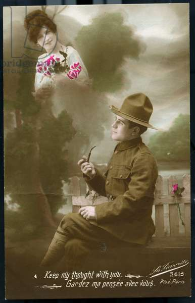 "Premiere guerre mondiale - guerre 14-18 (1914-1918) - World War I (WWI or WW1) : France, Carte patriotique montrant un americain pensant a sa fiancee """"keep my though with you"""", 1917, demandez partout mecano brillant pour metaux et cordon bleu noir pour fourneaux"