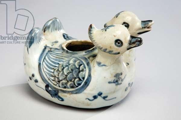 Water dropper or ewer, c.1488-1521 (porcelain with cobalt blue underglaze)