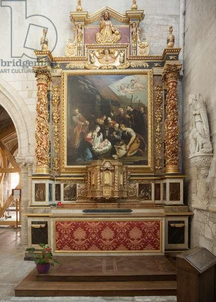 Church (Église Saint-Sauveur du Petit-Andely). Interior. South aisle. The altar.