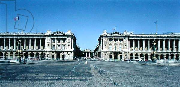 Colonnaded mansions from the north side of Place de la Concorde, 1763-72 (photo)