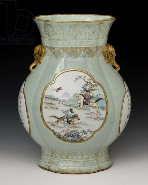 Vase, Qing Dynasty 1736-95 (porcelain)