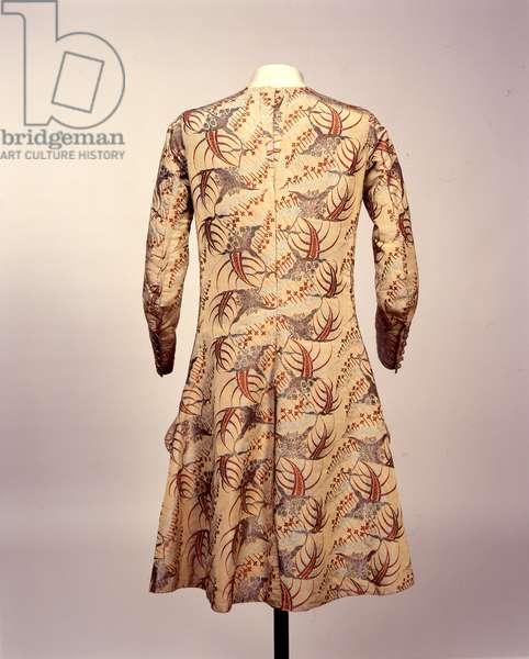 Sleeved waistcoat, c.1705-15 (silk & brocade)
