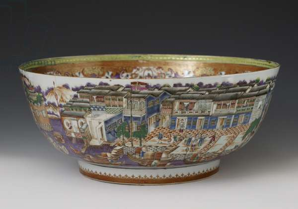 Famille verte hong bowl, Qianlong Dynasty, c.1785 (hard paste porcelain)