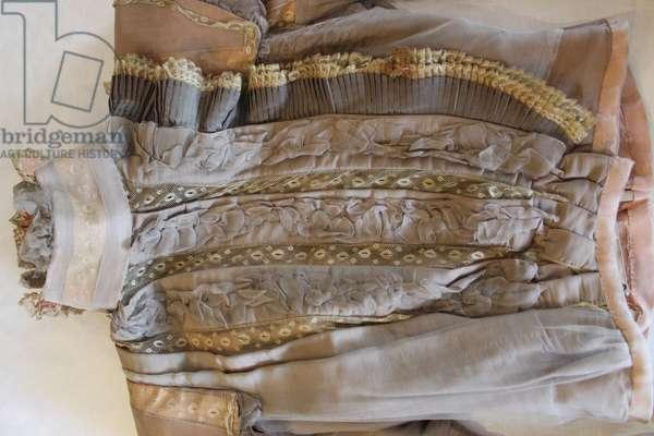 Mme Darsonval, Paris, 1897-99 (wool, silk & lace)