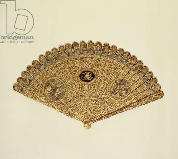 Fan, 1820-30 (black lacquer with gold paint)