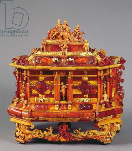 Baroque chest, late 17th century (wood and amber)