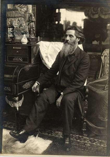 Amilcare Cipriani in Mucha's studio, Rue du Val de Grâce, Paris, c.1898 (b/w photo)