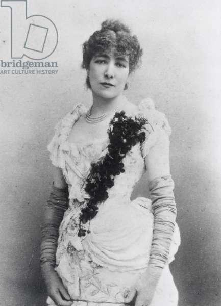 Sarah Bernhardt (1844-1923) c.1895 (b/w photo)