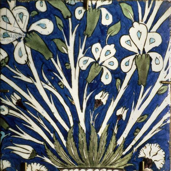 A5 Tile with stylised design of flowers, Syrian, 18th century (ceramic)