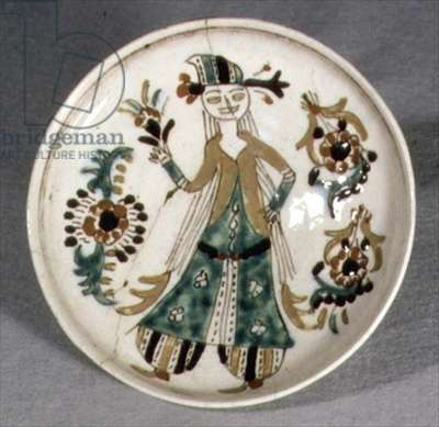 J19 Dish or saucer with decoration depicting a woman dancing, from Kutahya, Armenia, c.1750-1800 (ceramic)