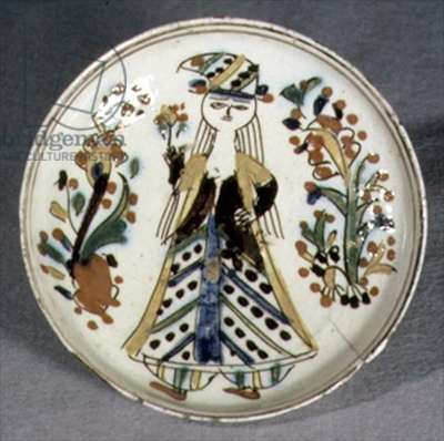 J21 Saucer or dish depicting a woman in Turkish costume, from Kutahya, Armenia, c.1750-1800 (ceramic)